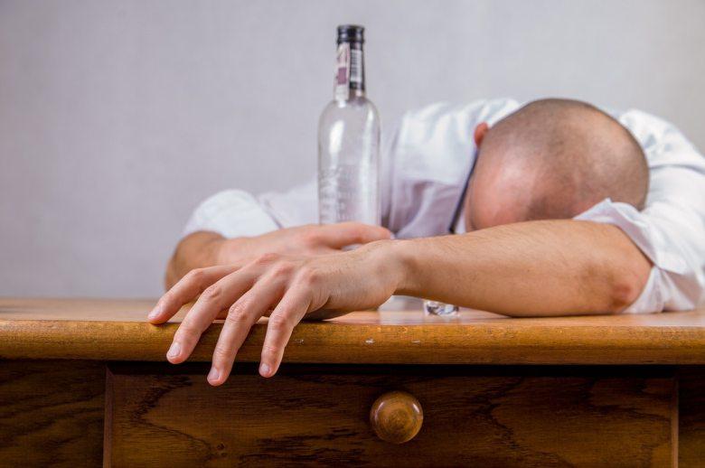 alcohol-drunk-hangover-52507.jpg