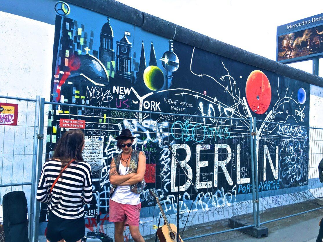 adult-art-berlin-234315